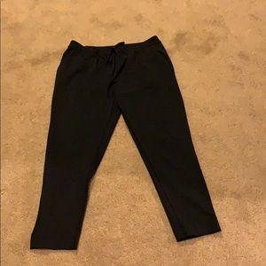 Lululemon jet crop slim pants, size 8